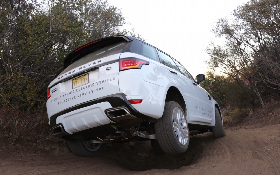 Land Rover Re-Engineers Off-Roading With Its First Plug-In Hybrid 4×4