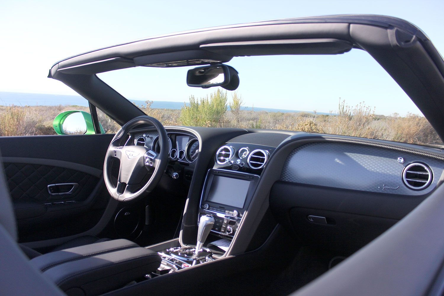2016-bentley-continental-gtc-speed-front-interior-2-1500x1000